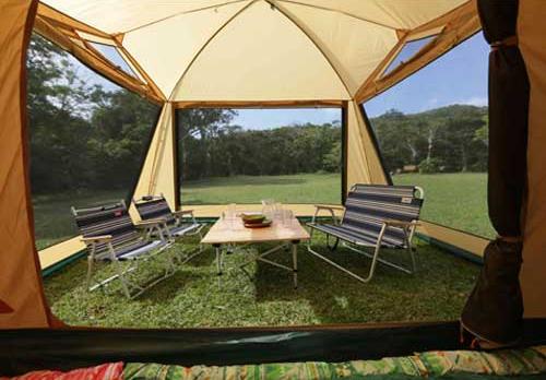 タープ要らずの広いリビング 広いリビングと快適な寝室、1人で設営可能な4-5人用2ルームテント Amazon楽天で通販03